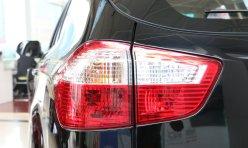 推荐阅读:比亚迪S6包牌价9.6万元 送太阳膜脚垫