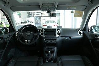 300TSI 自动四驱豪华版