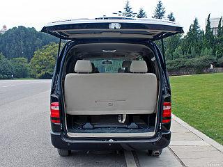 2010款 2.7L-3代 御领豪华型长轴9座2TR