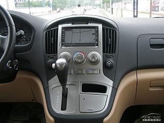 2011款 2.4L 领航版