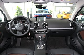 2016款 Limousine 40 TFSI 豪华型