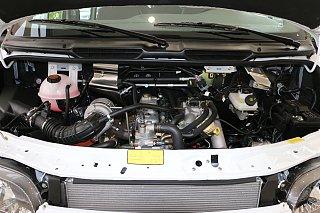 2.4L汽油短轴10座低顶物流车4G64S4N