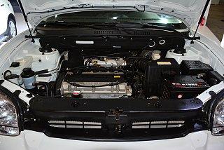 2.0L 汽油手动两驱标准型