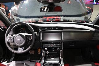 XF Sportbrake 2.0T 250PS 四驱风华版