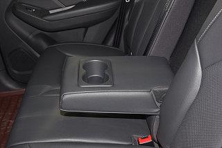 荣威RX5座椅