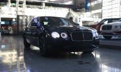 热点话题:英国女王前座驾宾利慕尚出售 售价合183万元