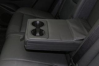 凯迪拉克XT5座椅