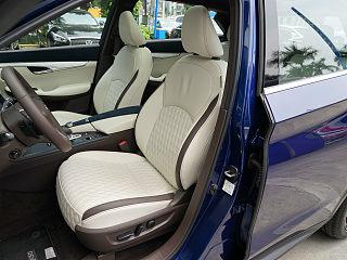 英菲尼迪QX50座椅