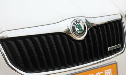 汽车百科:安全带插座多少钱