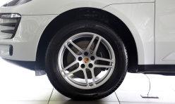热点话题:2010款奔驰SL350现金优惠100000元