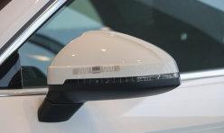 经验交流:奥迪全新A4实车图曝光 外观内饰升级