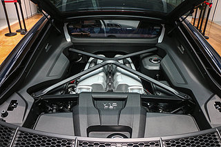 V10 Coupe