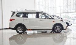汽车导购:有颜有料 长安CX70T家用大七座SUV实拍
