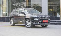评测精选:Jeep自由光降价:时尚越野动感野性 Jeep自由光降价8万