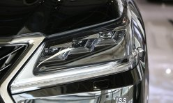 头条资讯:15款雷克萨斯LX570 分期付款首付25万提车