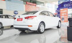 汽车资讯:2011款奔腾B50到店 老款变相优惠万元