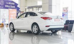 评测精选:老款奔腾B50现车充足 优惠一万元