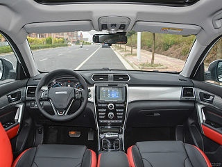 红标 1.5T 双离合两驱豪华型
