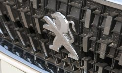 汽车导购:标致3008降价中 2015款标致3008最新降价优惠1.5万元