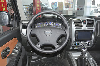 2.9T新超值两驱柴油舒适型标准货箱JX4D30B5L