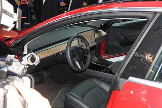 Model 3(进口)中控