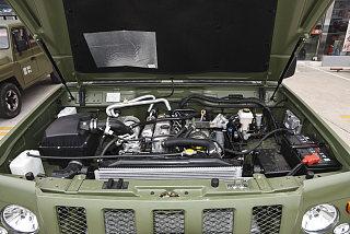 2.8T柴油四驱连体双排3035轴距