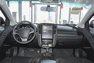 优6 SUV中控