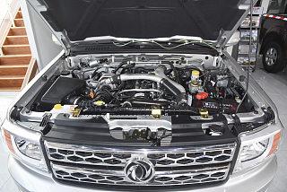2.5T柴油四驱标准型长货箱ZD25T5
