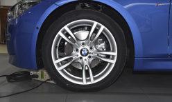 汽车资讯:全新3系/奔驰C级/奥迪A4 30万级豪华车实拍对比