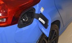 汽车百科:有哪些原因会导致发动机变得烧油呢?