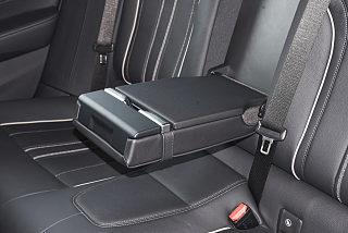宝马6系GT座椅