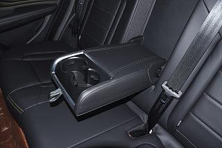 哈弗F7x座椅