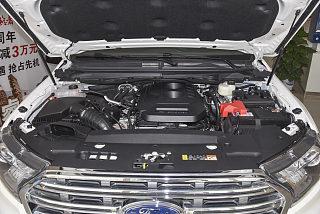 2.0T 汽油自动四驱豪华版 5座