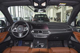 xDrive40i 尊享型M運動套裝