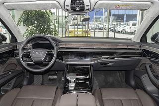 A8L 55 TFSI quattro 尊貴型
