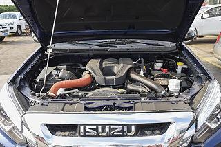 3.0T四驱自动精英型4JJ1-TC HI