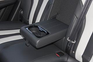 荣威RX5 MAX座椅