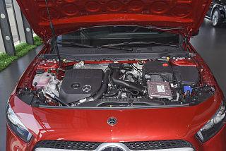 A 200 L 運動轎車