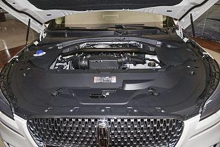 3.0T V6全驱尊享版