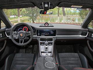 Panamera GTS Sport Turismo 4.0T