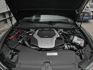 55 TFSI quattro 尊享動感型