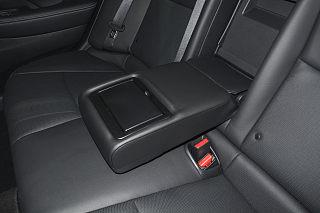 英菲尼迪Q50L座椅