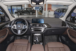 xDrive30i 领先型 M运动套装