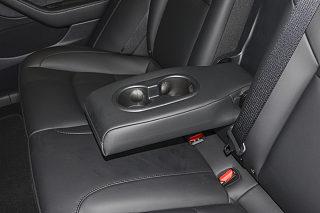 Model 3座椅