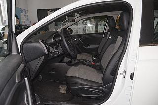 雪铁龙C3-XR座椅