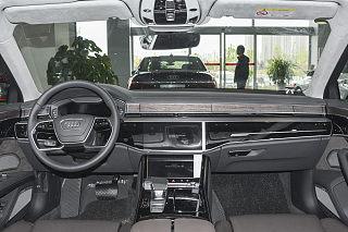 A8L 55 TFSI quattro 尊贵型